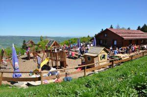 Read more about the article Biergarten- und Spielplatz-Saison eröffnet